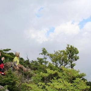 白髪山登山 八反奈路コース